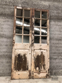 Oude spiegel deur en (144048)