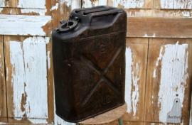 Oude USA jerrycan (131386)..verkocht