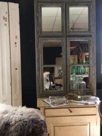 Spiegel van oud en geleefd raamkozijn (135791) verkocht