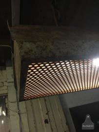 Lange industriële hanglamp (135721)..verkocht