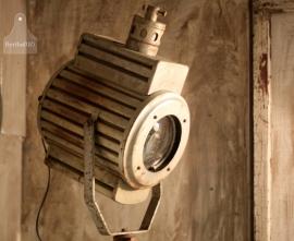 Industriële lamp op statief  (130874)..verkocht