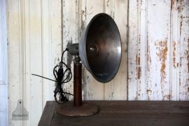 Oud geleefd bureaulampje (131481)..verkocht