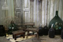 Houten krukje (132653)..verkocht