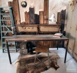 Industrieel bureau, jaren 20 (130861)..verkocht