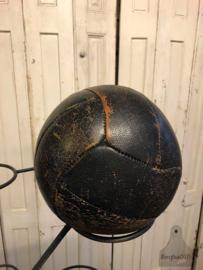 Oude lederen gymbal (140899)