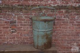 Geleefde ijzeren vuilnisbak (137012)..verkocht