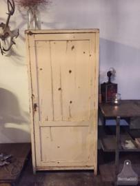 Landelijke brocante kast (135284)..verkocht