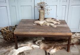 Industriële salontafel (131702) verkocht