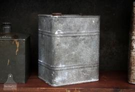 Oude zinken vat (131964/965)..verkocht