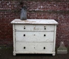 Oude ladekast (131506) Verkocht