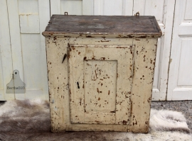 Groot oud geleefd hangkastje (131310)...verkocht