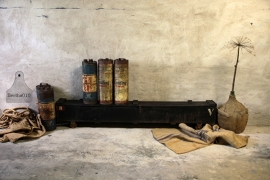 Lang industrieel dressoir (132146)..verkocht