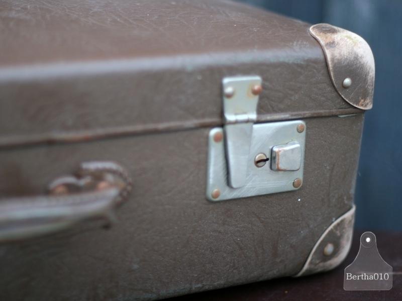 Oude koffer (130448)..verkocht