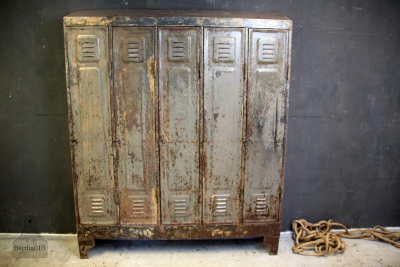 Antieke locker (135978)..verkocht'