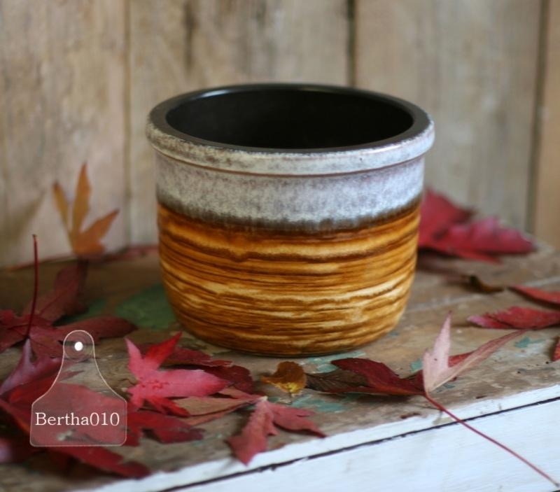 Vintage pot (130072).....verkocht