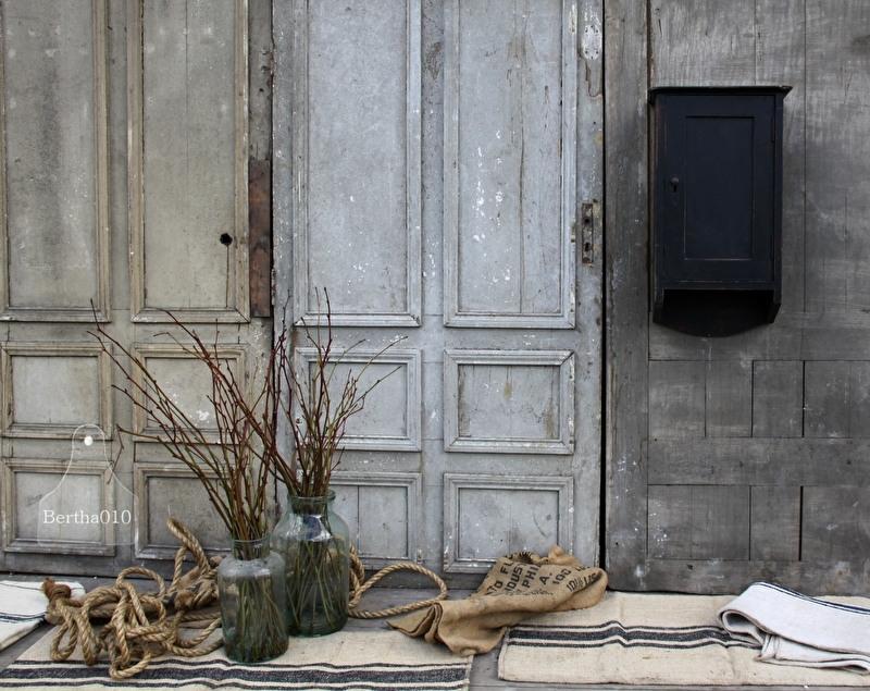 Oud hangkastje (132030)..verkocht