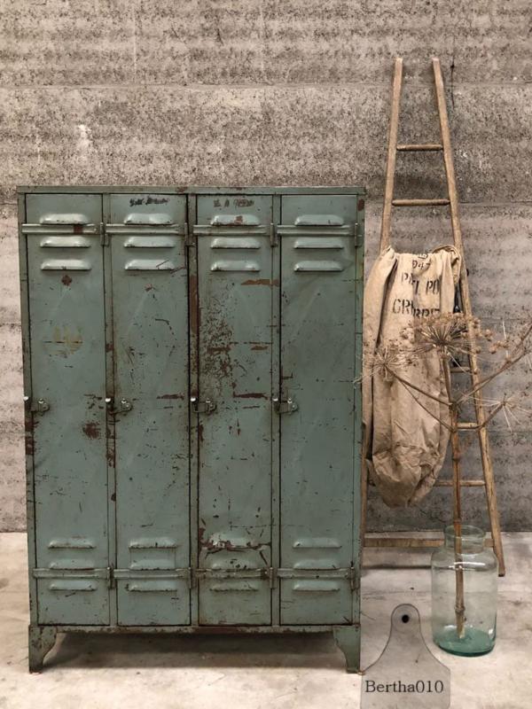 Franse locker 4-deurs (143945) verkocht