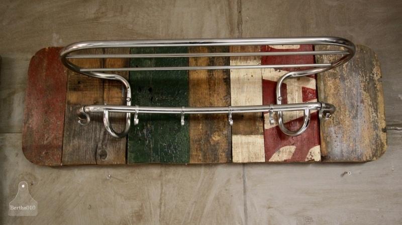 Sloophouten kapstok (130682)...verkocht