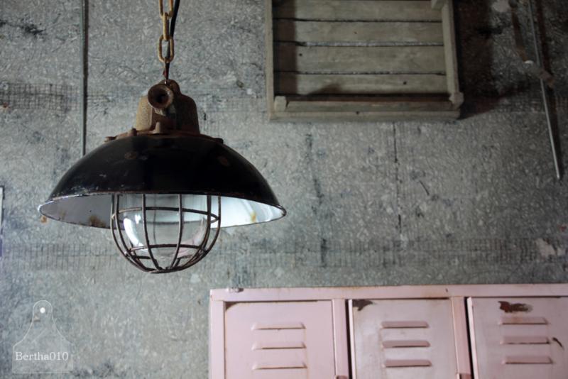 Industriële lamp (133262, 133263, 133264)....verkocht