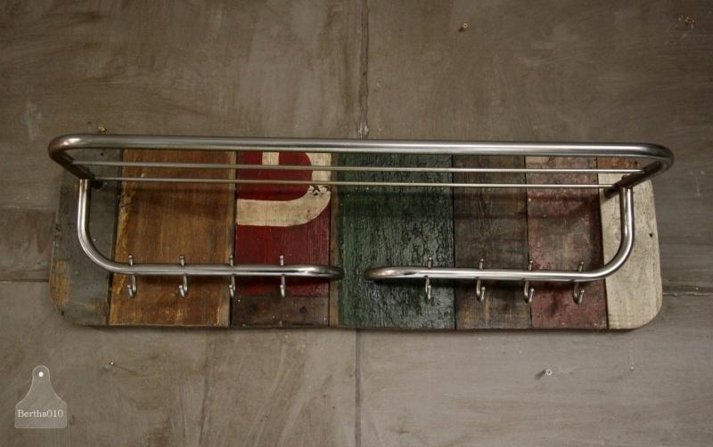 Sloophouten kapstok (130680)..verkocht