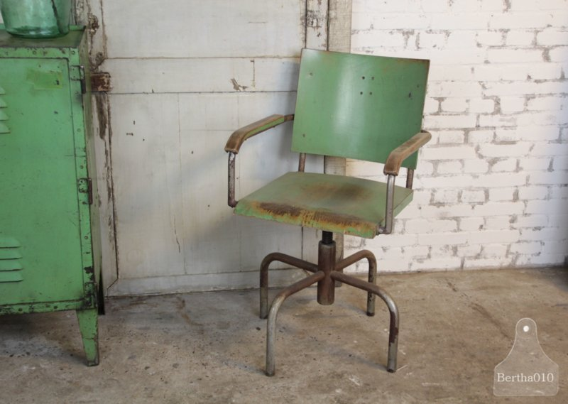 Loods 5 Bureaustoel.Authentieke Industriele Bureaustoel 134535 Verkocht Verkocht