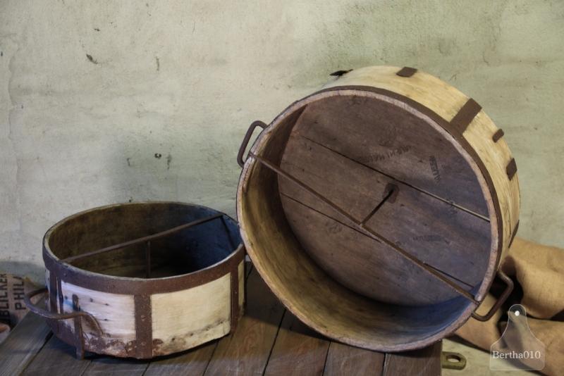 Grote oude kaasmal