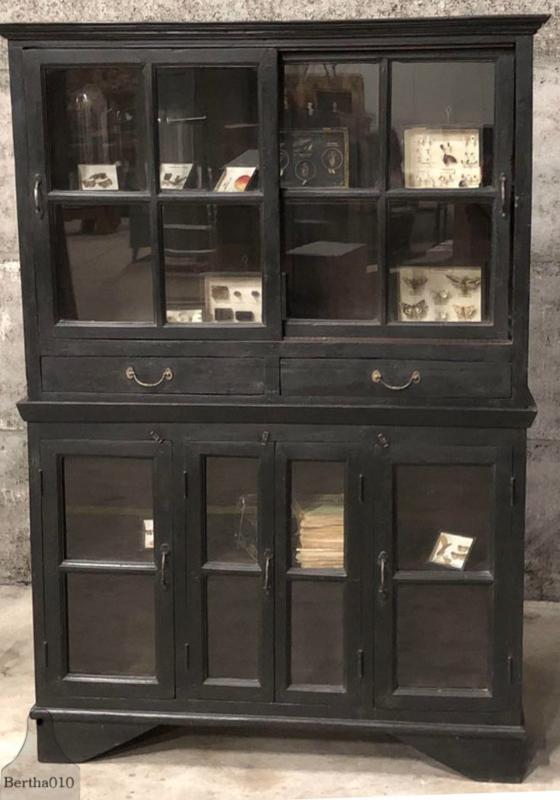 Unieke Engelse kast in twee delen (144017) verkocht