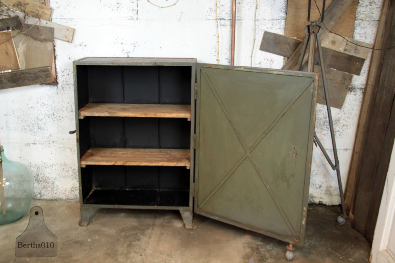 Ijzeren Kast Industrieel 135034 Verkocht Verkocht Te Koop