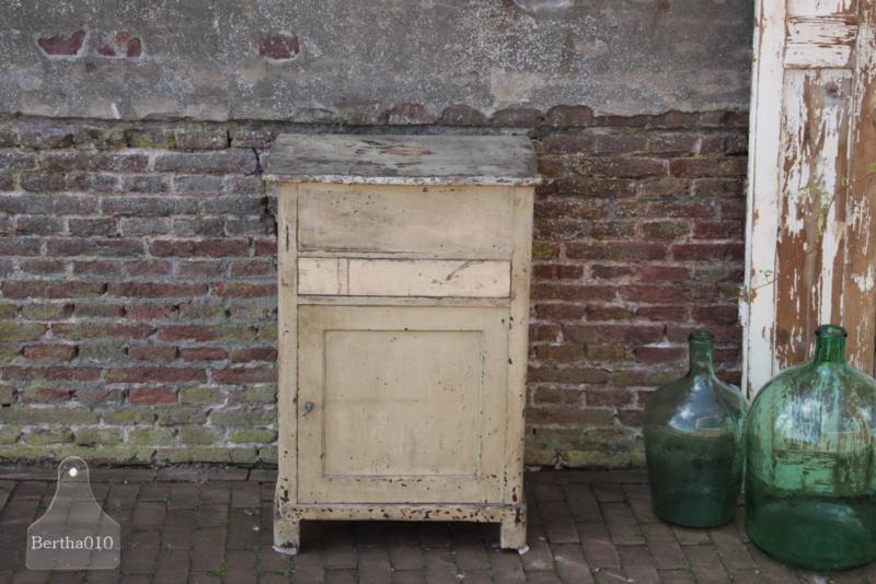 Oude landelijke klepkast (133581)...verkocht