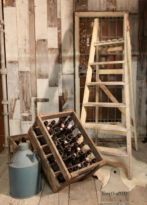 Geleefde houten trap, wit (130708)