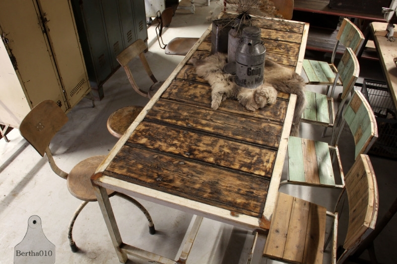 Industriële tafel op maat (131457)..verkocht