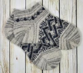 Korte schapenwollen sokken maat 41-42
