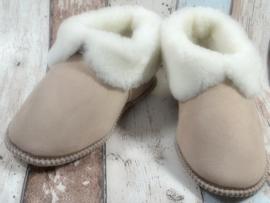 Schapenwollen pantoffels maat 40