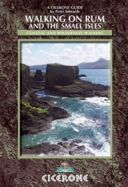Wandelgids Walking on Rum and the small isles | Cicerone | ISBN 9781852846626