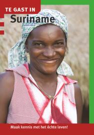 Reisgids Suriname   Te gast in   ISBN 9789460160820