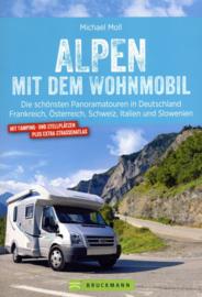 Campergids Alpen Mit dem Wohnmobil | Bruckmann | ISBN 9783734316975