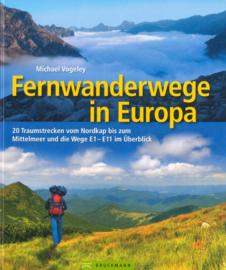 Wandelgids - Trekkinggids Fernwanderwege in Europa | Bruckmann Verlag | ISBN 9783765460364