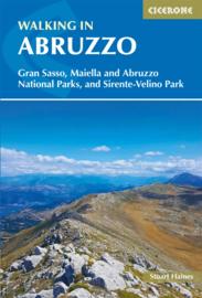 Wandelgids-Trekkinggids Walking in Abruzzo | Cicerone | ISBN 9781852849788