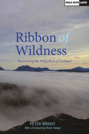 Wandelgids Ribbon of Wildness - De waterscheiding van Schotland | Luath | ISBN 9781910745014