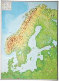 Wandkaart Scandinavië met 3D reliëf | Geo Relief | 1:2,9 miljoen | ISBN 4280000664693