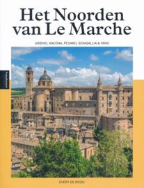 Reisgids PassePartout Het noorden van Le Marche - ongekend mooi Marken   Edicola   ISBN 9789493160569