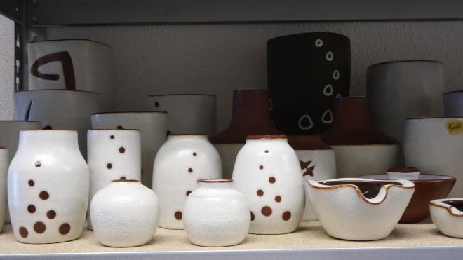 Ravelli pottery