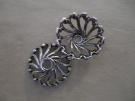 SFD17857 Metalen kapjes 28x10 mm. oud zilver kleurig