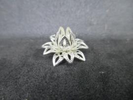 Bead cap flower zilver 16 x 0,8 mm.