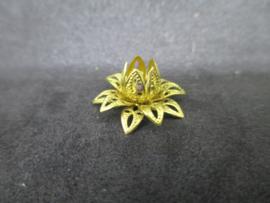 Bead cap flower goud kleurig16 x 0,8 mm.