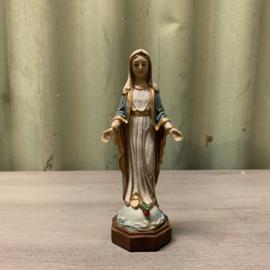 Maria beeldje 7