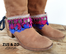 Bootbelts 'Color and feathers'