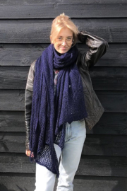 Mooie zachte Ajour sjaal XXL donkerblauw