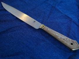 Knife 8