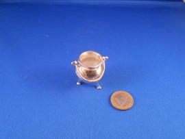 Miniature cauldron